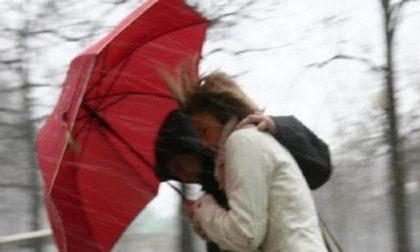 Allerta meteo per vento forte: dalla serata rovesci e forti raffiche PREVISIONI METEO