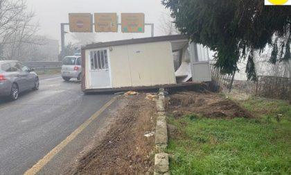 """Danni al Ponte della Becca: identificato il veicolo """"distruttore"""" della casetta mobile"""