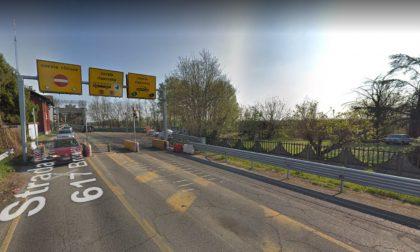 Schianto al Ponte della Becca: donna 54enne in condizioni serie
