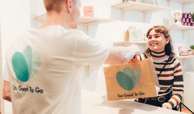 """A Pavia e Vigevano arriva l'app """"Too Good To Go"""": così si combattono gli sprechi alimentari"""
