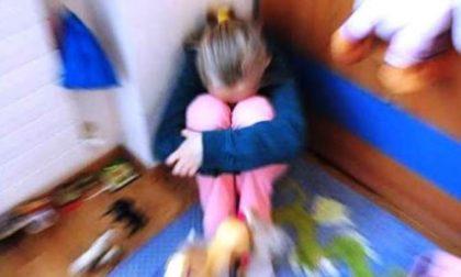 Violenze fisiche e psicologiche nei confronti dei figli minorenni: arrestata coppia di coniugi