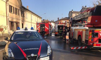 Portalbera: ieri abitazione a fuoco (dove è morto un uomo), oggi brucia la casa attigua