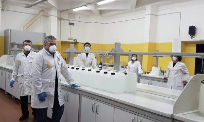 All'Università di Pavia prodotti 200 litri di disinfettante con le scorte di etanolo FOTO