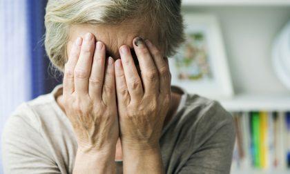 Tentato femminicidio a colpi di martello fra anziani in quarantena