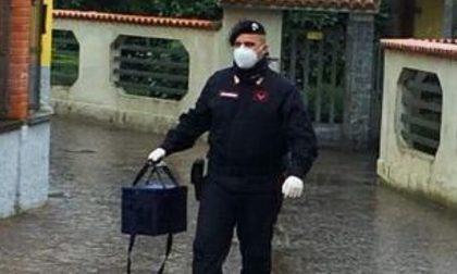 Il grande cuore dei carabinieri: portano farmaci a donna impossibilitata a muoversi