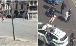 In barba ai divieti passeggia completamente nudo in strada in Buenos Aires VIDEO e FOTO
