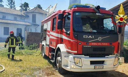 Villanova: a fuoco un'abitazione rurale, l'abitante salvo perché era uscito FOTO