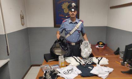 Inseguimento dopo il furto di vestiti: arrestata coppia di sinti