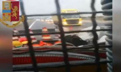 Tir sbanda sull'autostrada A1 all'altezza di Lodi: l'autista era ubriaco VIDEO