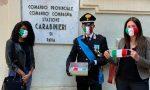 206° annuale Arma Carabinieri: studentesse regalano ai militari mascherine tricolori