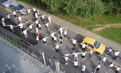 Anche il Beato Matteo è Covid free: il flash mob per medici e infermieri
