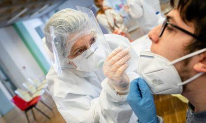 """Tamponi debolmente positivi: """"Infettività in meno del 3% dei pazienti"""" LO STUDIO"""