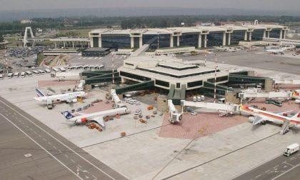 Aeroporti: Linate resta chiuso, l'intero traffico spostato su Malpensa