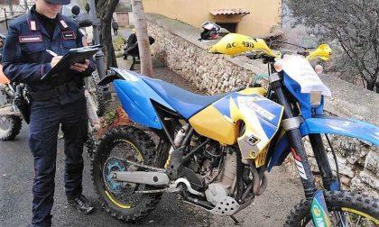 Sfrecciavano sulle strade agro-pastorali e in zone vietate: sanzioni a 30 motociclisti