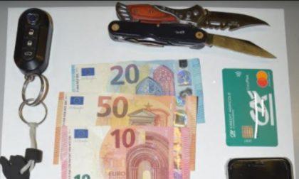 Fermato e rapinato sotto la minaccia di un coltello: tre giovani in manette