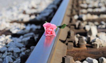Il gesto estremo di una studentessa 18enne: l'addio sui social poi si butta sotto il treno