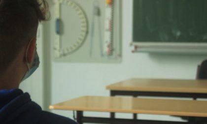 In Lombardia niente rientro a scuola per le superiori, didattica a distanza fino al 24 gennaio