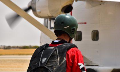 Tragedia nei cieli della Lombardia, aereo precipita al suolo: due morti