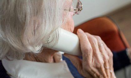 Tenta di raggirare anziana fingendosi medico: ma lei non ci casca