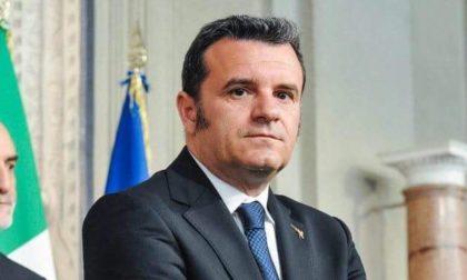 """Il coprifuoco non piace all'ex ministro Centinaio """"Alle 23 scendo in strada e vediamo se mi arrestano"""""""