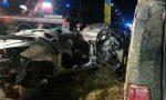 Incidente tra due auto sulla Vigevanese, uomo incastrato tra le lamiere: è grave FOTO