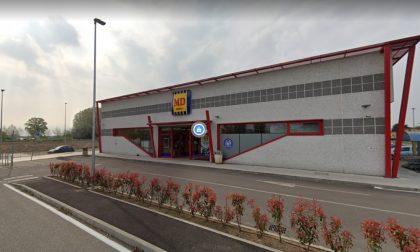Rubano portafoglio al supermercato: nei guai due donne di 45 e 39 anni