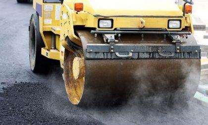 Senso unico alternato per lavori di asfaltatura su vari tratti in Lomellina