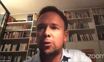 """Dopo """"W Darwin"""", Niccolò Fraschini si dimette: cosa ha detto in Consiglio Comunale"""