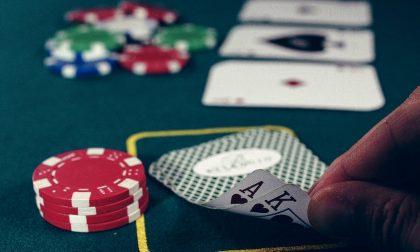 """In giro alle 3 di notte (in barba ai divieti): """"Siamo andati a giocare a poker"""""""