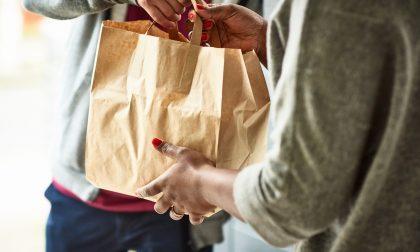 Anziani soli, ripristinata la consegna a domicilio di beni di prima necessità