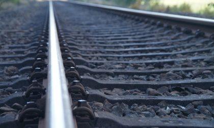 Uomo investito e ucciso da un treno in stazione a Crema: la vittima era di Pavia