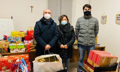 """A Broni grande successo per l'iniziativa benefica """"Scatole di Natale"""" FOTO"""