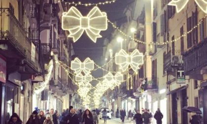 """""""Pavia non si spegne"""", in città la magia del Natale nonostante il Covid"""