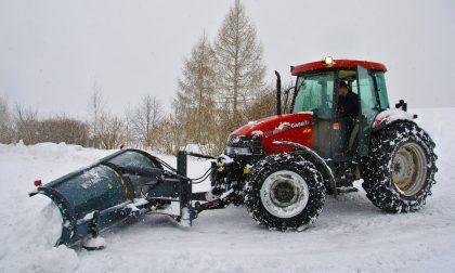 Maltempo, neve in Lombardia: anche a Pavia trattori Coldiretti in azione