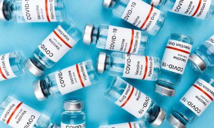 Vaccino anti Covid: parte il reclutamento di medici, infermieri e assistenti sanitari