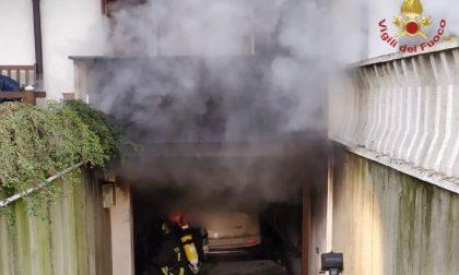 Incendio seminterrato a Gambolò: le foto dell'intervento dei Vigili del Fuoco