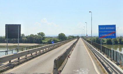 Ponte sul Po di Pieve Porto Morone, chiusura notturna dall'8 all'11 gennaio