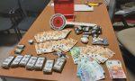 Trovato con oltre un chilo tra hashish e cocaina, arrestato pusher 33enne
