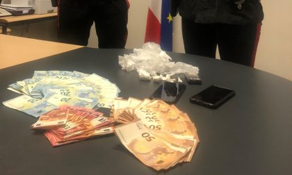 Sorpreso mentre vende cocaina: pusher marocchino arrestato a Voghera