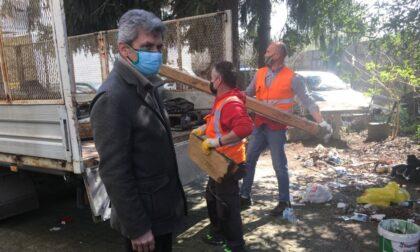 Intervento di riqualificazione e pulizia dellecase popolari di Viale Repubblica