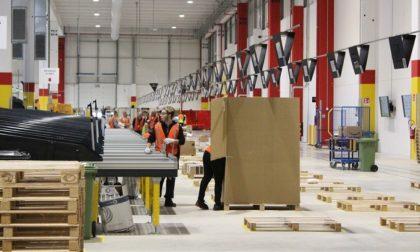 Amazon apre un nuovo centro di distribuzione e assume 900 persone