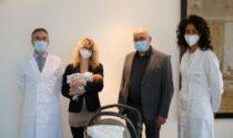 Nate due bambine immuni al Covid: video e foto del primo caso in Italia