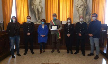 Una targa celebrativa per la direttrice del Carcere di Pavia e il Comandante del Reparto di Polizia Penitenziaria
