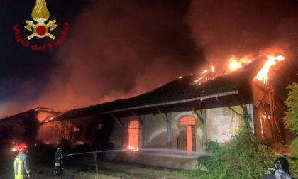 Incendio ex scalo merci: nessuna dispersione di fibre di amianto nelle aree residenziali