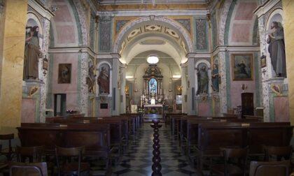 """Furto in chiesa: sorpreso a """"pescare"""" con nastro biadesivo le monete contenute nell'offertorio"""