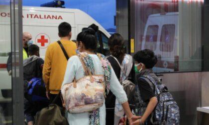 Volo dall'India atterrato a Bergamo: una donna positiva ricoverata con il casco C-pap