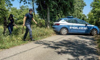 Minacciati con roncole e derubati di cellulare e soldi: quattro giovani (uno minorenne) denunciati per rapina aggravata