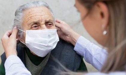 Visite agli anziani nelle Rsa: il via libera potrebbe arrivare entro fine maggio