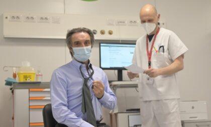 Il Presidente Fontana ha ricevuto la prima dose di vaccino Astrazeneca