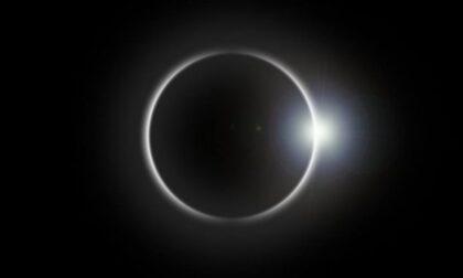 """Oggi occhi (protetti) al cielo per la """"mini eclisse"""""""